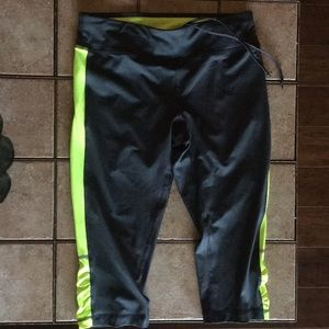 NWOT Neon/Grey Athletic Fitted Capri